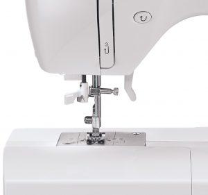 Singer-Starlet-6660-maquina-coser-detalle-1092x1024